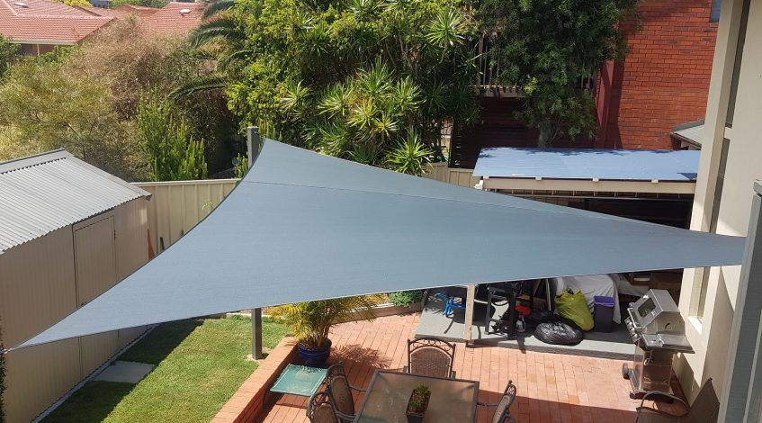 Perth Shade Sails over paved outdoor patio area
